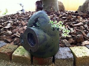 巨人兵の植木鉢